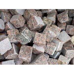 Trinkelės granito raudonos ~5x5x5 cm , kg (Bigbag >1t  190€/t.)